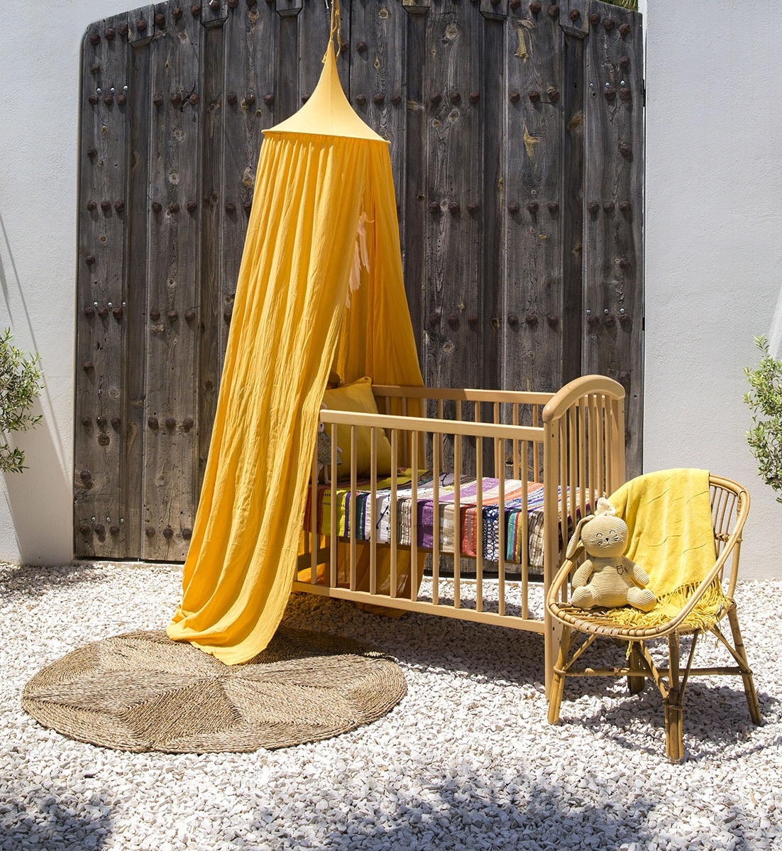 Baby sleeping bed with mosquito net - The Raja Ochre Yellow